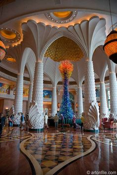 Chihuly Sculpture at Atlantis Hotel in Dubai - travel the world . Vacation Destinations, Dream Vacations, Palms Hotel, Burj Al Arab, Dubai Hotel, Dubai Travel, Skylight, Atlantis, Places To See