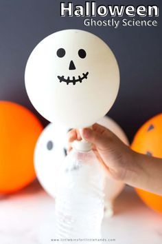 Make ghostly Halloween balloons with this fun self inflating Halloween balloon experiment. All you need is a few simple supplies. A great hands on chemistry lesson for your elementary aged students. A great activity for STEM in the classroom, homeschooling or distance learning! #ElementarySTEM #HalloweenScienceActivity Halloween Science, Halloween Activities For Kids, Holiday Activities, Halloween Crafts, Baby Activities, Homemade Halloween, Cool Science Experiments, Science Fair Projects, Preschool Projects