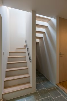 Spiral Stairs Design, Staircase Design, Home Building Design, House Design, Norway House, Small Modern House Plans, Interior Staircase, Concrete Stairs, Stair Decor