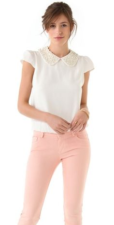 WornOnTV: Veronica's white pearl embellished collar top on Dads Beaded Collar, Collar Necklace, Pink Jeans, Beaded Top, Collar Top, Dress For Success, Summer Wear, Ideias Fashion, Ready To Wear