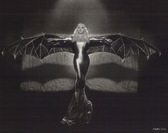 mae west as bat. mae west as president. mae west as jesus. mae west as my reason for living. Batwoman, Batgirl, Mae West, Costume Batman, Fly Costume, Costume Shop, Pin Up, Classic Hollywood, Old Hollywood