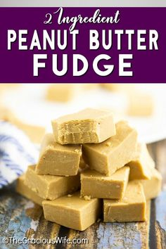 Creamy, smooth 2 Ingredient Peanut Butter Fudge that you can make in the microwave in about 5 minutes with just 2 ingredients! It seriously makes the best fudge. You wouldn't even believe it was so easy! So little work, so much delicious! Homemade Christmas Cookie Recipes, Homemade Candies, Christmas Recipes, Christmas Ideas, Ww Desserts, Delicious Desserts, Dessert Recipes, Microwave Peanut Butter Fudge, Southern Recipes