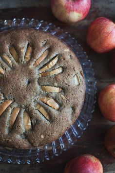 gluten free chai apple cake with pine nuts (dairy free) | recipe via will frolic for food