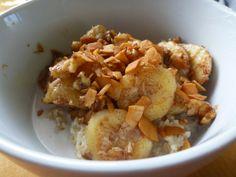 coffee, yoga & all things peachy: Fried Banana Coach's Oats #coachsoats #oatmeal
