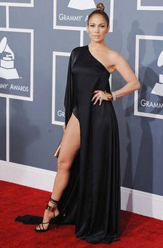 Jennifer Lopez en los Grammy 2013 de Anthony Vaccarello