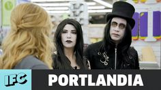 Portlandia | 'Weirdos Go Shopping' (ft. Fred Armisen, Carrie Brownstein)...