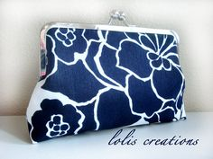 blue/white floral clutch