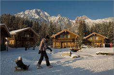 Mount Everest, Skiing, Cabin, Mountains, House Styles, Nature, Travel, Ski, Naturaleza