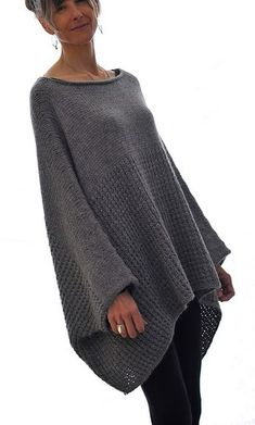 Ravelry: the Llama ll Sweater pattern by Karen Clements.pattern is knit, but I bet I could crochet this! Sweater Knitting Patterns, Knitted Poncho, Knit Patterns, Poncho Sweater, Sewing Patterns, Crochet Clothes, Pulls, Knitting Projects, Knitwear