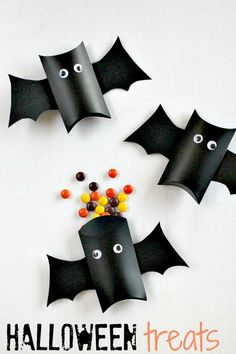 Easy to make bat treat boxes. I won't do this for all our trick or treaters, but I will do for kid's class parties and Girl Scout party!