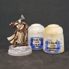 Warhammer Paint, Warhammer Aos, Warhammer Fantasy, Screaming Skull, Stormcast Eternals, Pauldron, Black Rims, Painting Leather, Metal Trim
