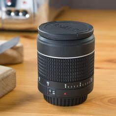 Temporizador de cocina con forma de objetivo de cámara.