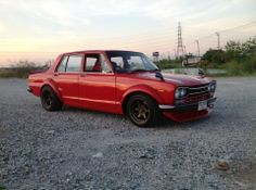Nissan C10