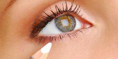 Le tendenze make up dell'estate 2015: la matita bianca per gli occhi