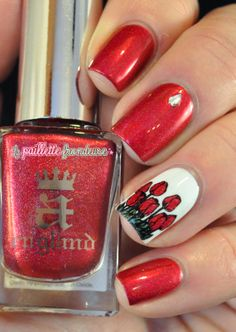 A England Rose bower // Stamping decal Moyou London - flower tulip red pink #nails #nail #nailart http://lapaillettefrondeuse.blogspot.be/2014/03/a-england-rose-bower-stamping-decal-la.html