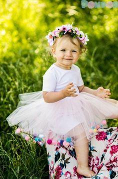 Suknie i sukienki dla dziewczynek na DeFashion.pl | #defashionpolska #fashion #kids #dresses #sukienki #dzieci #suknia Girls Dresses, Flower Girl Dresses, Fashion Kids, Wedding Dresses, Flowers, Dresses Of Girls, Bride Dresses, Bridal Gowns
