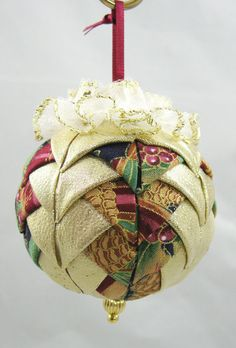 Quilted Chrismas Ornament  Mauve and Gold  319 by VictorianBelles, $7.25  Oh so pretty.