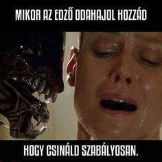 According To Sigourney Weaver, The Neill Blomkamp Alien Film Would Give Ripley An Ending! Alien Films, Aliens Movie, Xenomorph, Sigourney Weaver Alien, Ufo, Alien Ripley, Science Fiction, Neill Blomkamp, Alien Resurrection