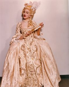 Madonna did a Rococo performance of 'Vogue' for the 1990 MTV video music awards
