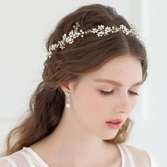 Boho Bridal Halo headpiece, Rhinestone Wedding hairpiece, Hand wired Crystal flower Crown, Ivory Headband, Freshwater Pearl hair Tiara