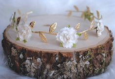 IVORY EVERLY CROWN, white rose headband, golden crown, baby bows, gold leaf crown Active