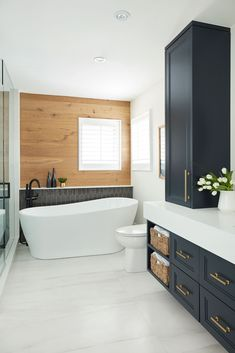 Feels Like Home – Issuu Bathrooms Remodel, House Inspo, Bathroom Design, Bathroom Renos, House Bathroom, Home, Modern Bathroom, House, New Homes