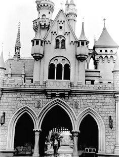 Opening Day at Disneyland (July 17, 1955).