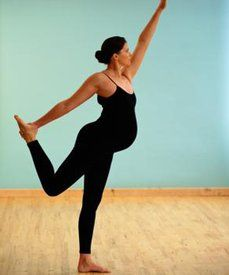 Move it: Staying active is key for mamas-to-be (See: #Pilates!) #prenatal #fitness