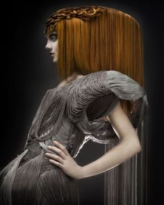 Avant garde hair by Efi Davies. Creative Hairstyles, Cool Hairstyles, Dark Beauty Magazine, Avant Garde Hair, Toni And Guy, Hair Creations, Fantasy Hair, Hair Shows, Portraits