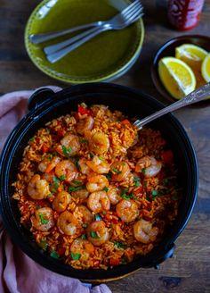 Perloo- Risrätt från South Carolina - ZEINAS KITCHEN Healthy Meal Prep, Healthy Eating, Healthy Recipes, South Carolina Food, Zeina, Scampi, Chana Masala, Soul Food, Seafood