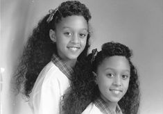 Tia and Tamera Mowry sister sister Twins Young Celebrities, Celebs, Celebrities Fashion, Beautiful Celebrities, Sisters Tv Show, Tia And Tamera Mowry, Poetic Justice Braids, Cute Twins, Celebrity Babies