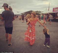 Chris Hemsworth gushes about wife Elsa Pataky as talks about 'rushed' wedding | Daily Mail Online