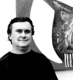 """Mostra """"A Força da Cor"""" Quando? Até 6 de junho Onde? Garten Shopping Telas do artista plástico Wilson Lamberto Doin compõem a exposição """"A Força da Cor"""", aberta no Garten Shopping. O tema do projeto é """"O fio condutor que passa nas cores e todas as formas é a realidade da leveza fluindo"""". A mostra fica à disposição do público até o dia 6 de junho, das 10h às 22h, no espaço montado no corredor do restaurante Madero. https://instagram.com/artistadoin/"""