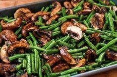 Haricots verts et Champignons rôtis...Balsamique et Parmesan! #haricot #verts #champignon #rôtis #balsamique #parmesan #accompagnement