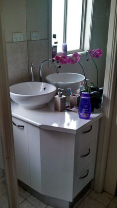 Vanity built from scratch. Done the tiling and plumbing by myself