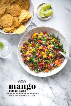 Mango Pico De Gallo (Salsa) - Cook Republic Healthy Dips, Healthy Appetizers, Eating Healthy, Healthy Food, Easy Summer Meals, Summer Recipes, Vegetarian Recipes, Healthy Recipes, Keto Recipes