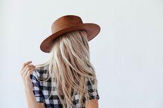 Janessa Lyon Boat Hat