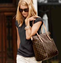 Why Women Love Designer Louis Vuitton Handbags | Glam Bistro