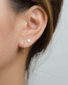 Tiny Hoop Earrings- Huggie Earrings- Minimalist Earrings- Gold Hoop Earrings- Dainty Hoop Earrings- Thin Hoop - Best Tutorial and Ideas Thin Hoop Earrings, Multiple Earrings, Bar Stud Earrings, Circle Earrings, Crystal Earrings, Sterling Silver Earrings, Diamond Earrings, Dainty Earrings, Silver Jewelry