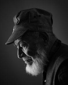 Heisler is also one of my favorite modern portrait photographers for editorial/environmental.    //MUNDOFÓTICO: Gregory Heisler - Retrato