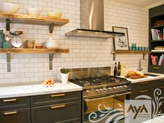 AyA Kitchens | Canadian Kitchen and Bath Cabinetry Manufacturer | Kitchen Design Professionals - Vermont Anthracite and Oyster in Classic Estate
