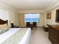 World Hotel Finder - Royal Solaris Cancun