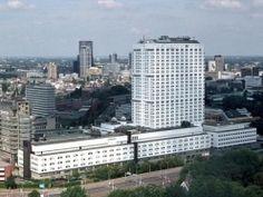 Het Erasmus Medisch Centrum,voorheen het Dijkzigt Ziekenhuis.