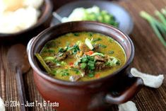 Just Try & Taste: Empal Gentong a la Just Try & Taste 5 Tastes, Indonesian Cuisine, Indonesian Recipes, Cirebon, New Menu, Soups And Stews, Food Art, Thai Red Curry, Food And Drink