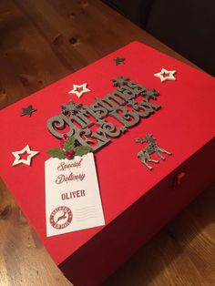 **CHRISTMAS EVE BOX**  Have a fab Christmas Eve with one of our personalised Christmas Eve Boxes. Fill it to the brim with Christmas goodies as you eagerly await Santas visit.  Our boxes can be made with any name and all come with a subtle glitter finish (fairy dust).  Dimensions: 28cm x 21cm x 14cm  *please note, while we are aiming for a 30 Day turnaround shipping may vary due to packaging supplies. If your shipping is delayed, we will contact you immediately.*  Please send personalisation…