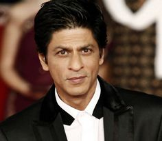 Ahead of the release of his most awaited film Fan, Shah Rukh Khan talks about how he sees himself as in actor while interacting with a leading daily. Read on to know what he has to say!