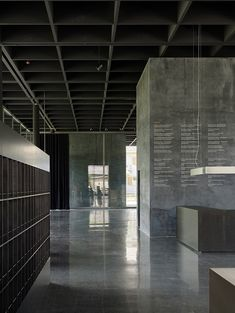 zumthor werkraum house - absolutely love this mmmm Urban Architecture, Commercial Architecture, Contemporary Architecture, Oscar Niemeyer, Space Interiors, Office Interiors, Archi Design, Adaptive Reuse, Workplace Design