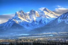 Three sisters mountainpeak, Canmore, Alberta, Canada