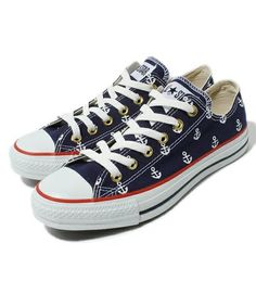 Sam says he always thinks of me when he sees anchors, and I always think of him when Converse are mentioned...how funny :D