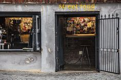 Street Food on Bree- le Cape Town Journal Cape Town South Africa, Street Food, Places To See, Journal, Restaurants, Destinations, Walls, Doors, City